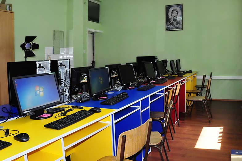 Рачунарска учионица - информатичка секција